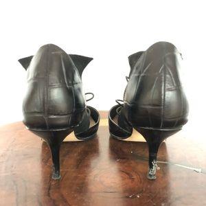 Zara Shoes - Zara 90's leather pumps